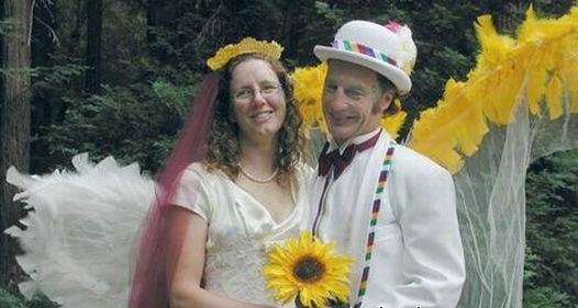 Необычные костюмированные свадьбы