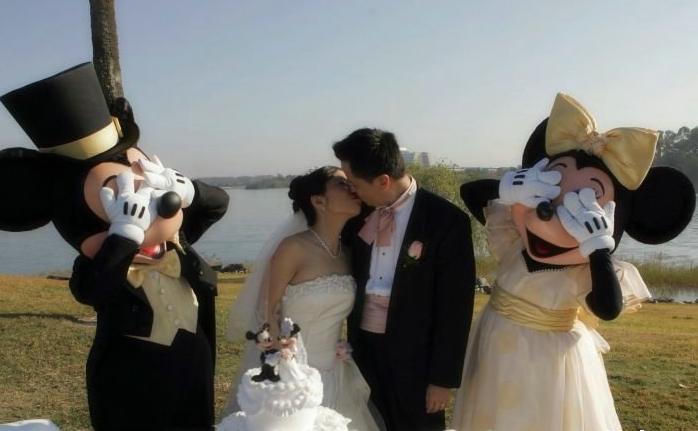 Необычная свадьба микки и мини